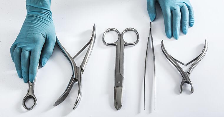 Strumenti chirurgici a Napoli